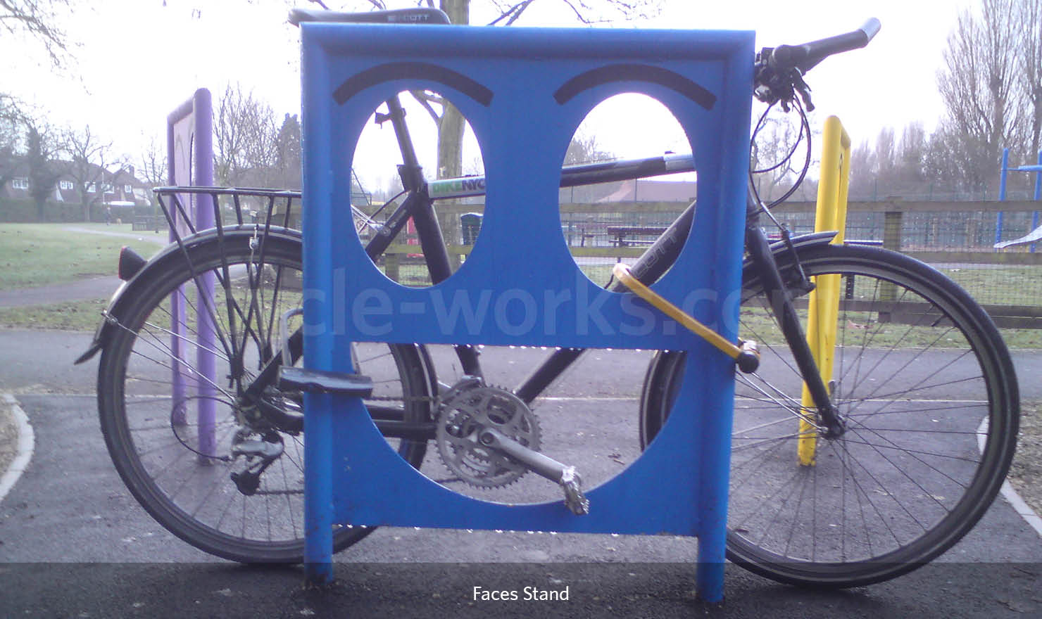 Face Bike Rack