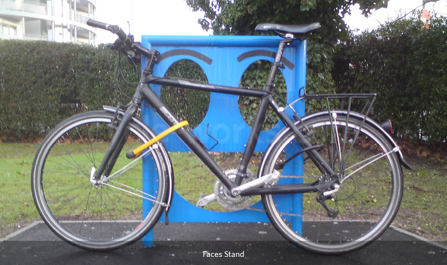 Face Bike Stand