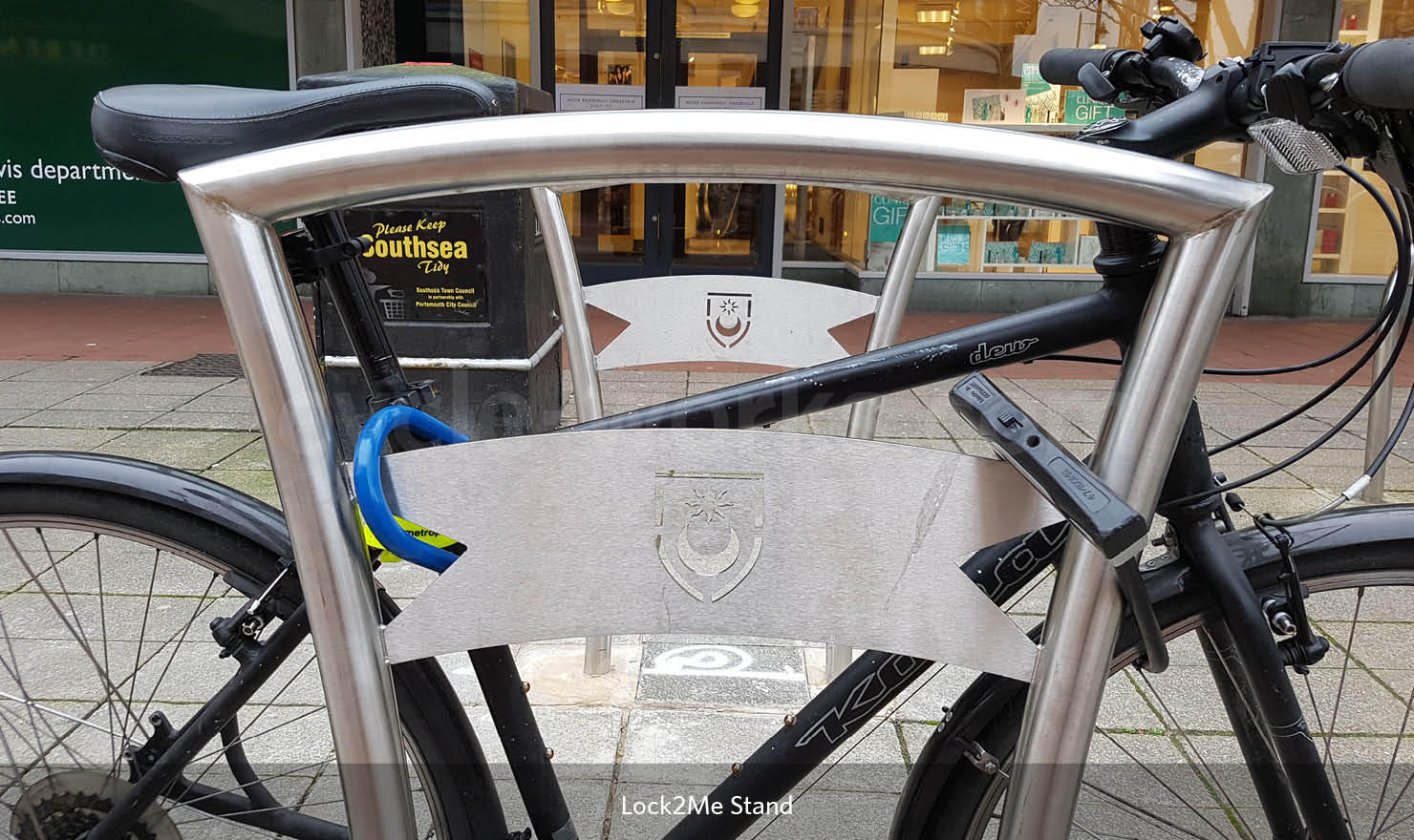 Lock 2 Me Cycle Stand