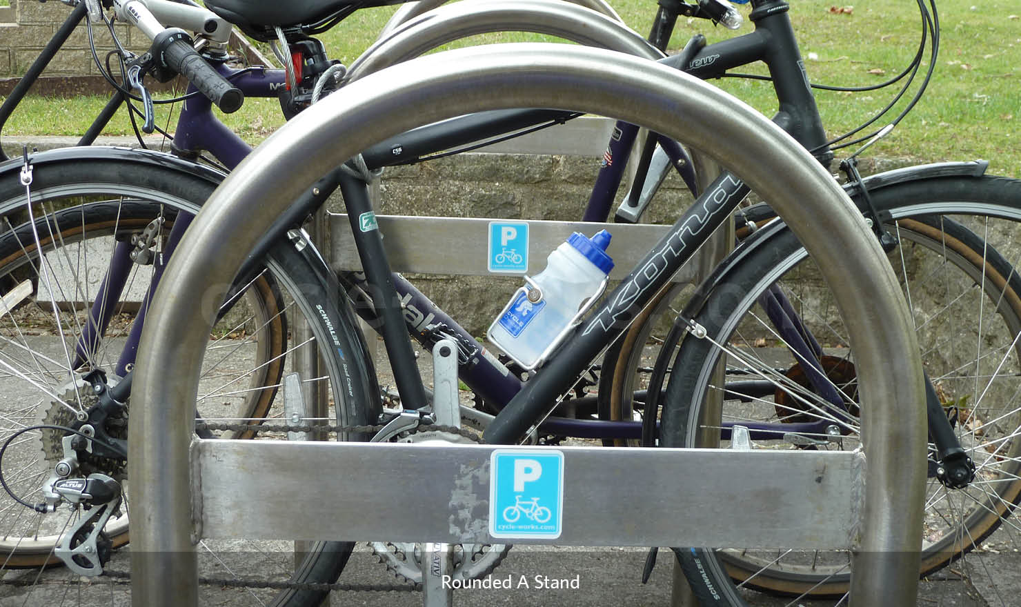Cycle Rounded A Rack