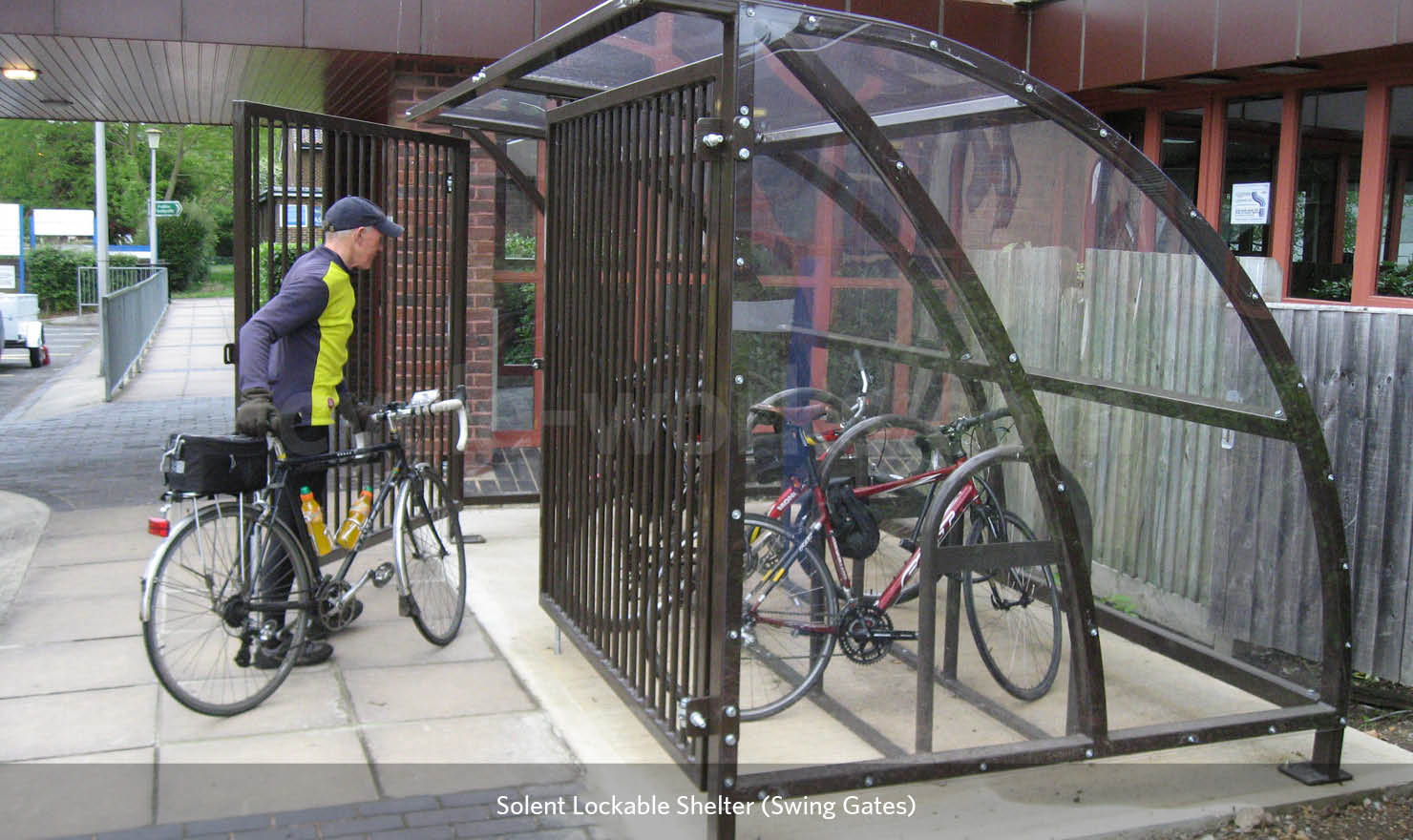 Cycle Shelter with Lock