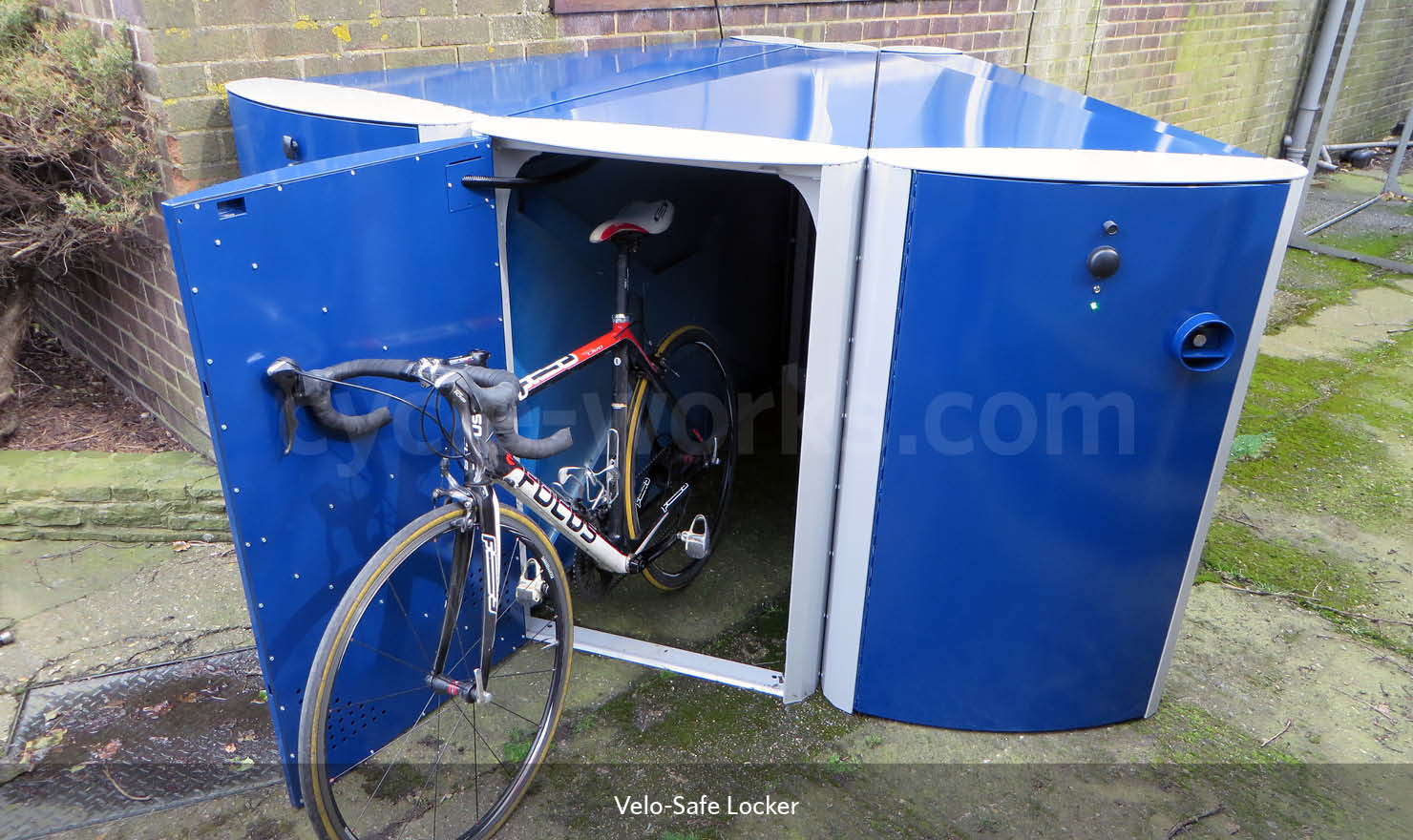 Electronic Access Cycle Lockers